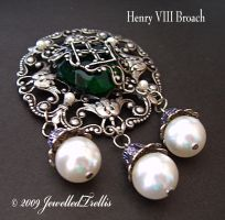 Henry 8 broach by JewelledTrellis
