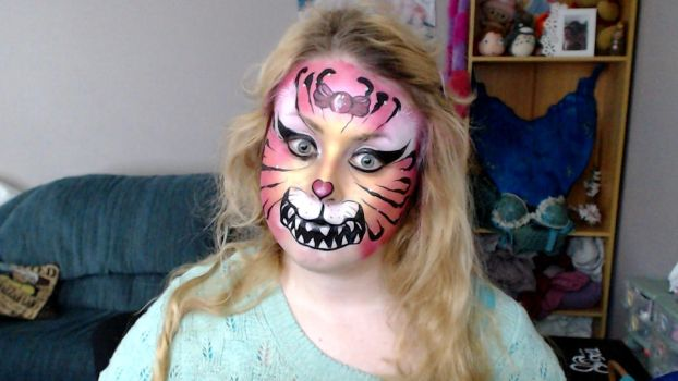 Creepy Tiger face paint by Blueberrystarbubbles