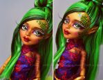 Jinafire Long repaint (Monster High Scaris) by prettyinplastic