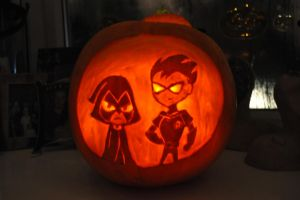 Teen titans pumpkin by Blindfaith-boo
