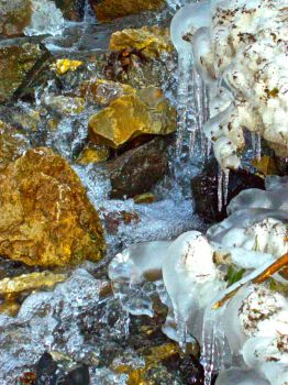 Ice lower fall close up by queenofmanson