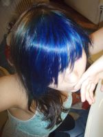 blue and brown hair by ericachan