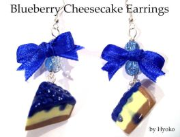 Blueberry Cheesecake Earrings by Hyo-pon