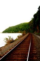 Southbound Hudson River Line by lemmiwinks