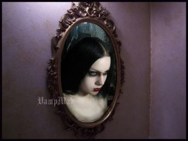 Cursed Mirror by VampMab