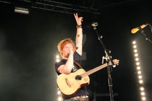 Ed Sheeran thanking the crowd by Prime-Vision