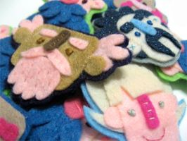 Felt Pin Pile by TRAVALE