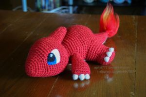 Baby Charmeleon by aphid777