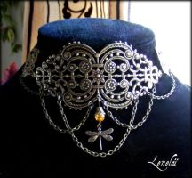 Steampunk necklace by elfique-lenelai