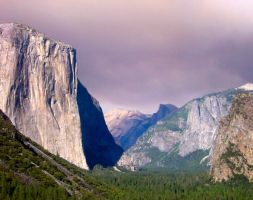 Yosemite Valley in Summer by Tkrain