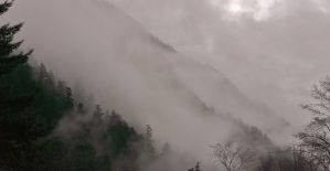 Foggy mountain by lucium55