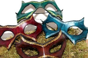 Thin leather mask with a handpainted border by akinra-workshop
