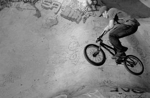 Shooting bmx 4 by Obscurity-Doll