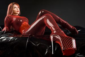 LATEX HIGH HEELS FISHNETS by vzfls