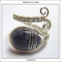 Sodalite ring by amorfia