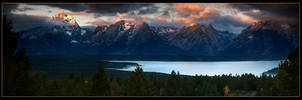Grand Teton Pano by narmansk8