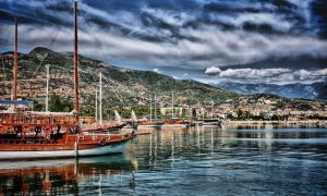 HDR Sea 2 by trmustapha