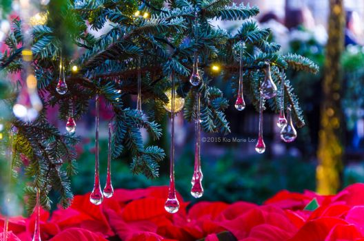 Droplet Ornament by KML032
