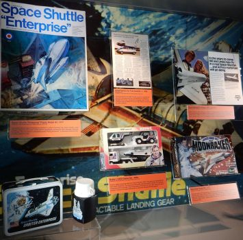 Space Shuttle Merchandising by rlkitterman