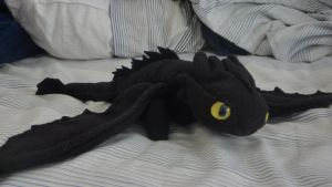 Toothless 2.0 plush by GuyZombie