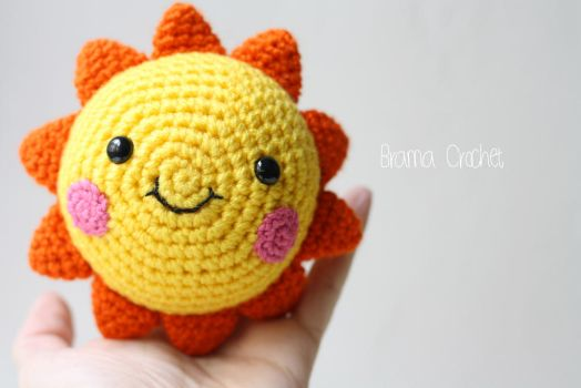 Happy Sunshine amigurumi plush by BramaCrochet