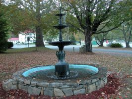 Fountain by HauntingVisionsStock