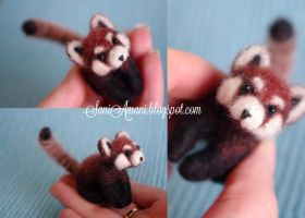 Needle felted Red Panda by SaniAmaniCrafts