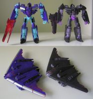 TF: Generations T30 Dreadwing (and Megatron) by BoggeyDan