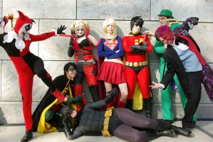DC Cosplay group by kuzuXD