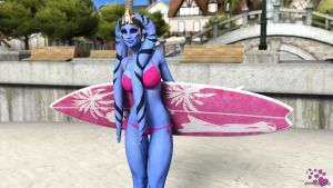 Surfer Girl Fern by 0biwanken0bie