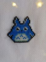Cross stitched medium totoro by cgiles