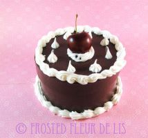 Round Chocolate Cherry Cake Box by FrostedFleurdeLis