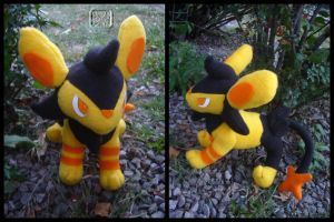 Pokemon: Shiney Luxio Plushie by VesteNotus