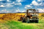 Tractor by sstando