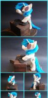 Vinyl Scratch Woodwork: Drop the Bass by xofox