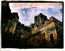 Alnwick Castle by awjay