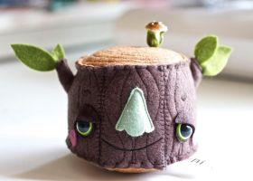 Cutest Stump Ever by hitree