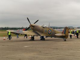 duxford spitfire by hanimal60