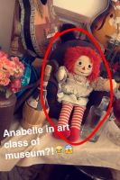 Annabelle in art class of museum! wtf?! XD by surimix