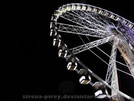 Night ferris wheel in Paris by sirena-pirey