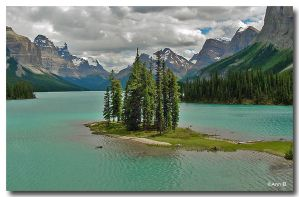 Maligne Lake, Jasper NP by Ann75