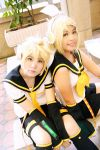 Vocaloid Kagamine Rin and Len by r-kira