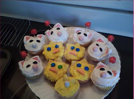 Moogle Chocobo Cupcakes by EchoVoice713