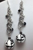 Black and White Twin Jack Earrings by Krystalchains