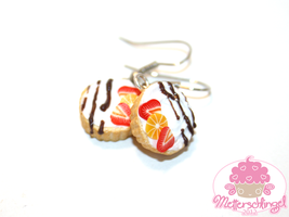 Fruity Tartlet Earrings by Metterschlingel