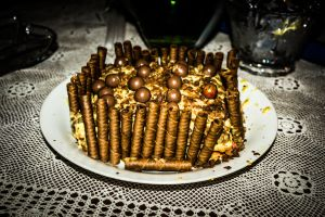 Kinder Bueno Cake by JapeKing