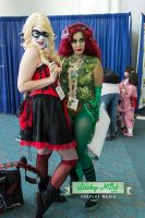 Harley Quinn And Poison Ivy by LuckyMintPhoto
