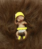 Handsculpted baby girl by sixAstray