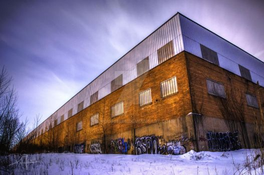 Abandoned Graffiti Building by DHouse1985