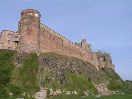 Bamburgh castle by pinkzigzag